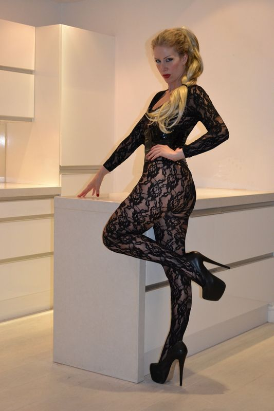 leedsmistressinsexylacebodystocking